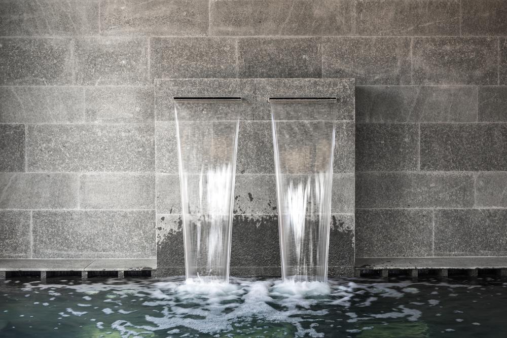 Deux lames d'eau design.